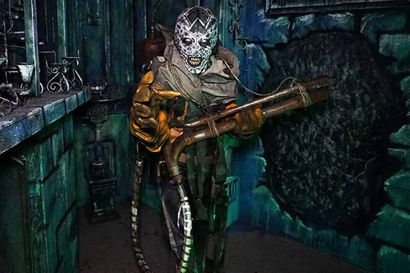 Fear Overload Scream Park haunted house in California featured image
