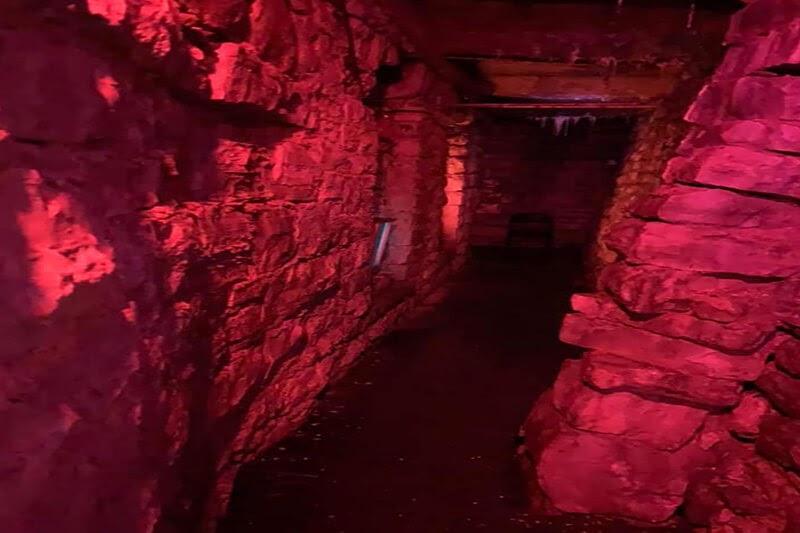 Haunted Eureka Springs haunted house in Arkansas indoor ghost maze