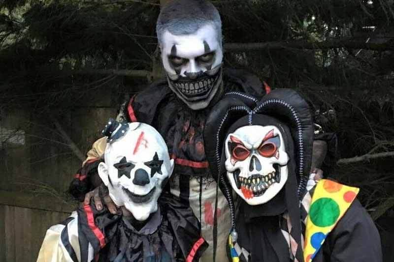 The Heart of Darkness haunted house in Iowa monster jokers smiling